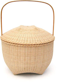 [Shaker Lidded Basket]